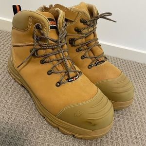 Bison Xt ankle lace up work boots - Size 14